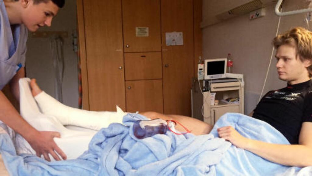POSITIV:  Håvard Lorentzen på sykehus i Tyskland. Foto: Skøyteforbundet / NTB Scanpix