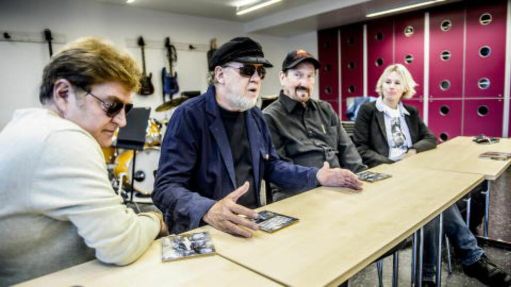 PÅ NORGESVISITT: (Fra venstre) Paul Leim, Norbert Putnam og James Burton er i Norge for å spille Elvis' låter i ny drakt med jazzvokalist Lisa Dillan. Foto: Thomas Rasmus Skaug / Dagbladet