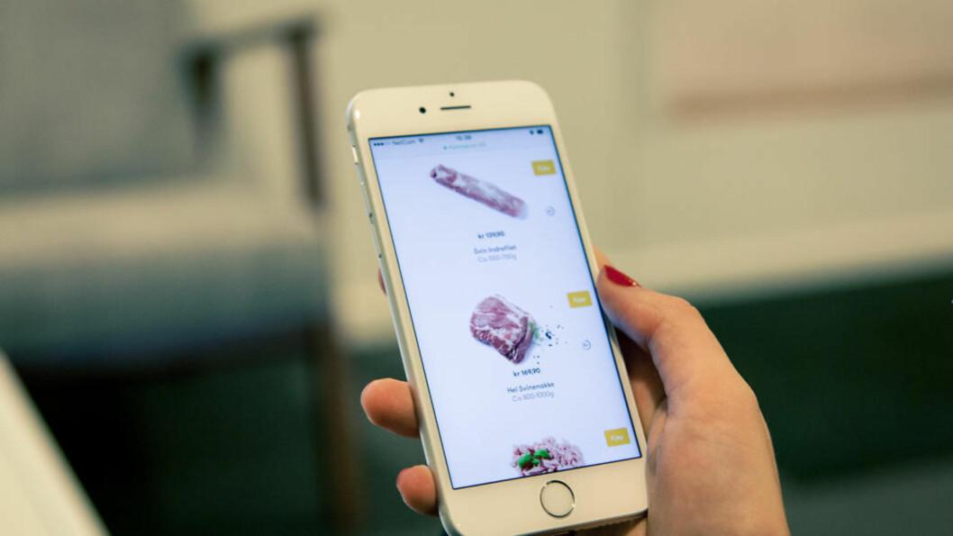 <strong>RETT I LOMMA:</strong> Nå må du ikke til slakter for å få fatt i de litt mer spesielle kjøttstykkene som svinenakke. Du kan handle dem fra mobilen. Foto: KOLONIAL.NO