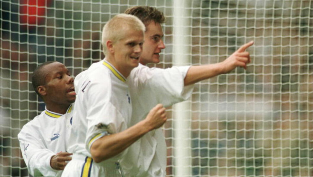 <strong>- TRIST:</strong> Alf-Inge Håland (nærmest) gjorde sine saker godt i Leeds på seint 90-tall. Nå synes han det er trist at Uwe Rösler er ferdig som manager i klubben. Foto: Shaun Botterill / ALLSPORT / NTB Scanpix