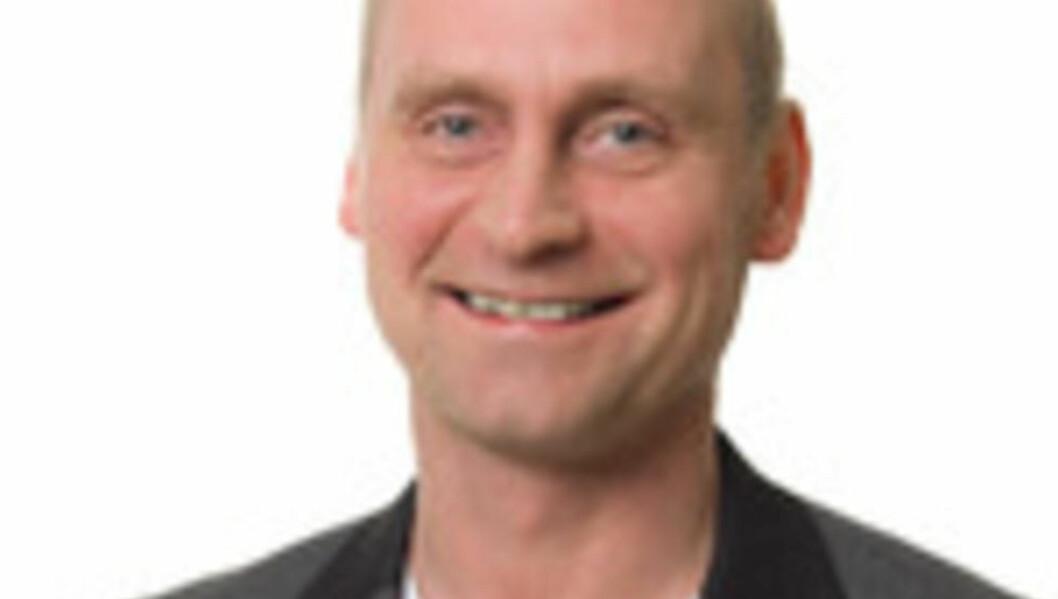 """ORDFØRERKANDIDAT: Frp sin ordførerkandidat, Ronny Berg, opplever det at Ellinor Nilsen byttet side som å bli """"dolket i ryggen"""". Foto: Alta Kommune."""