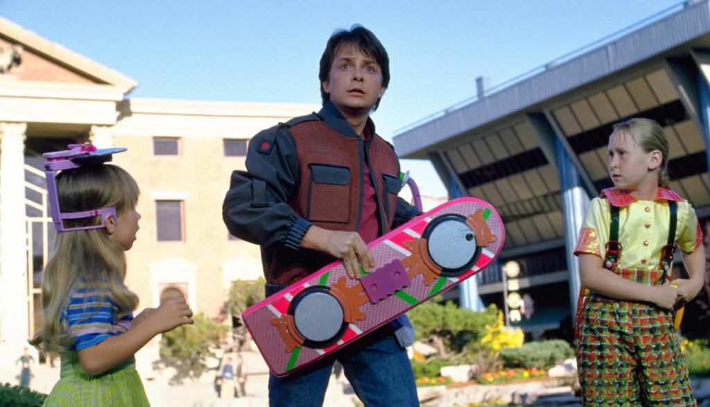 FRAMTIDSVISJON: I «Tilbake til fremtiden 2» (1989) forestilte filmskaperne seg hvordan verden ville se ut i 2015. De bomma ikke på alt. Foto: Cinematekene