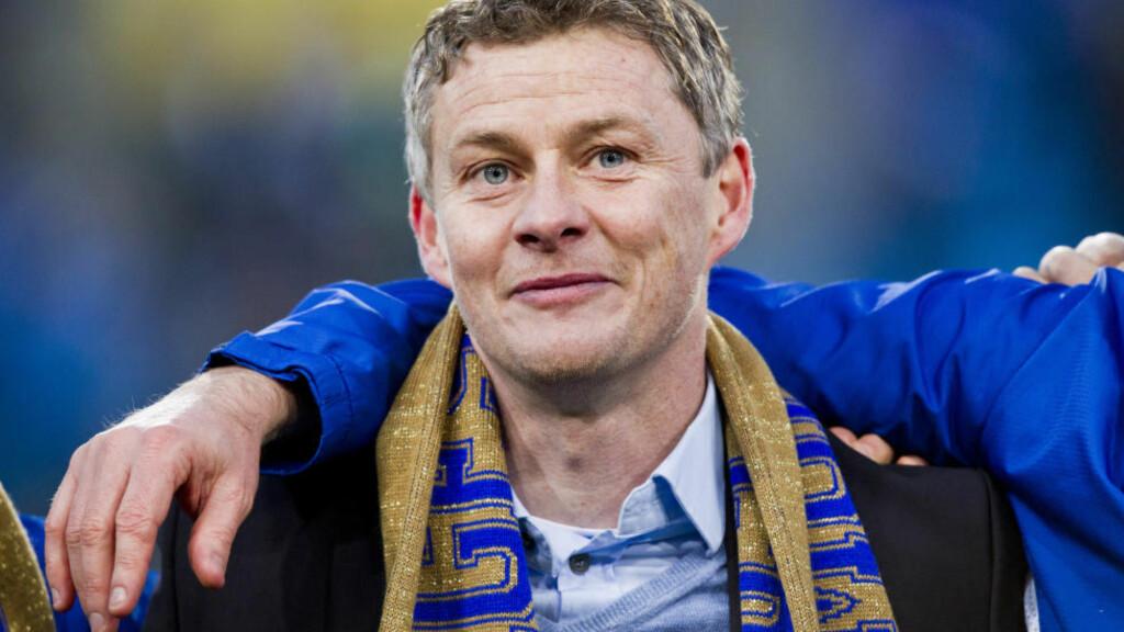 TILBAKE:  Ole Gunnar Solskjær er tilbake i Molde. Det blir tatt i mot med full jubel av supporterne. Foto: NTB Scanpix.
