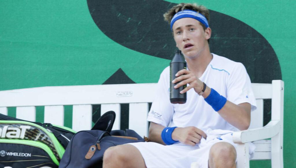 DEPPET IKKE: Casper Ruud har hatt en god tennisuke.  Foto: Terje Bendiksby / NTB scanpix
