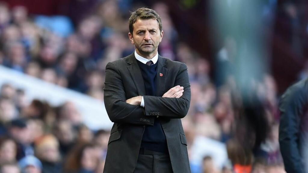 SPARKET:  Svake prestasjoner over lengre tid førte til at Tim Sherwood nå er sparket i Aston Villa. Foto: Afp / NTB Scanpix.