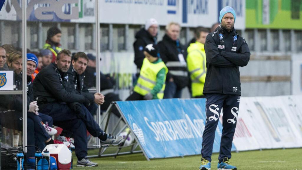 FRUSTRERT: AaFK-trener Trond Fredriksen var oppgitt etter 1-2-tapet mot Molde. Foto: Svein Ove Ekornesvåg / NTB scanpix