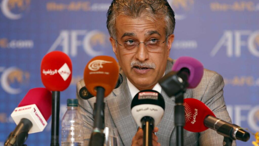 INN I KAMPEN: Presidenten i Det asiatiske fotballforbundet, sjeik Salman bin Ebrahim al Khalifa fra Bahrain, har formelt blitt med i kampen om å bli ny FIFA-president. Foto: REUTERS/Bazuki Muhammad/NTB Scanpix