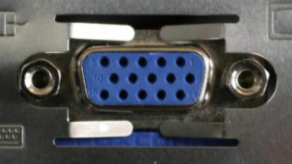 VGA: Den gamle skjermkabel-typen, er ikke egnet til 4K. Foto: DINSIDE