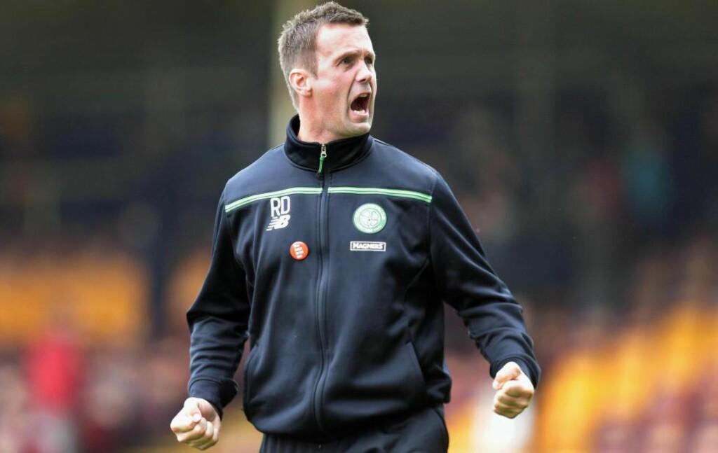 SYNGER PÅ SISTE VERSET? Ronny Deila har vært Celtic-trener siden juni i fjor. Nå brenner det under beina på den tidligere Strømsgodset-sjefen. Foto: NTB SCANPIX
