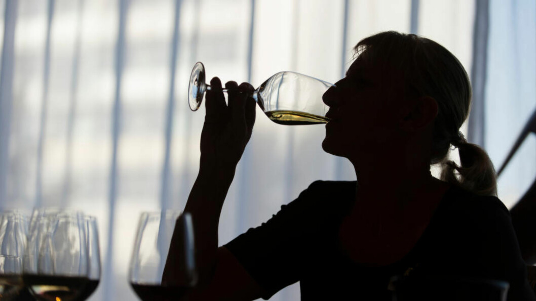 <strong>HVIT MÅNED:</strong> En måned uten alkohol kan være svært gunstig for både lever og blodtrykk, ifølge ny studie. I tillegg kan det være bra for dem som vil ned i vekt. Foto:&nbsp;Gregor Fischer/Scanpix