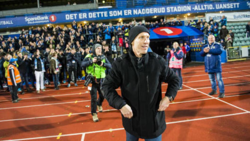 HYLLET:  Bob Bradley var blid som ei sol etter 3-2-seieren over Start. Foto: Fredrik Varfjell / NTB scanpix