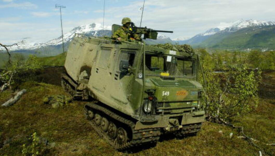 BELTEVOGN: Rundt tusen Hägglund BV206-beltevogner er solgt av Forsvaret siden 2003. De har havnet i både Russland og i Sudan. Foto: Forsvaret