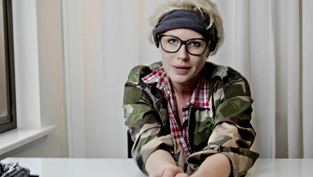 <strong>MATROS:</strong> Anne-Kat. Hærland kaster loss med Jarle Andhøy for en ny runde «Berserk» på kanalen. Foto: Lars Eivind Bones / Dagbladet