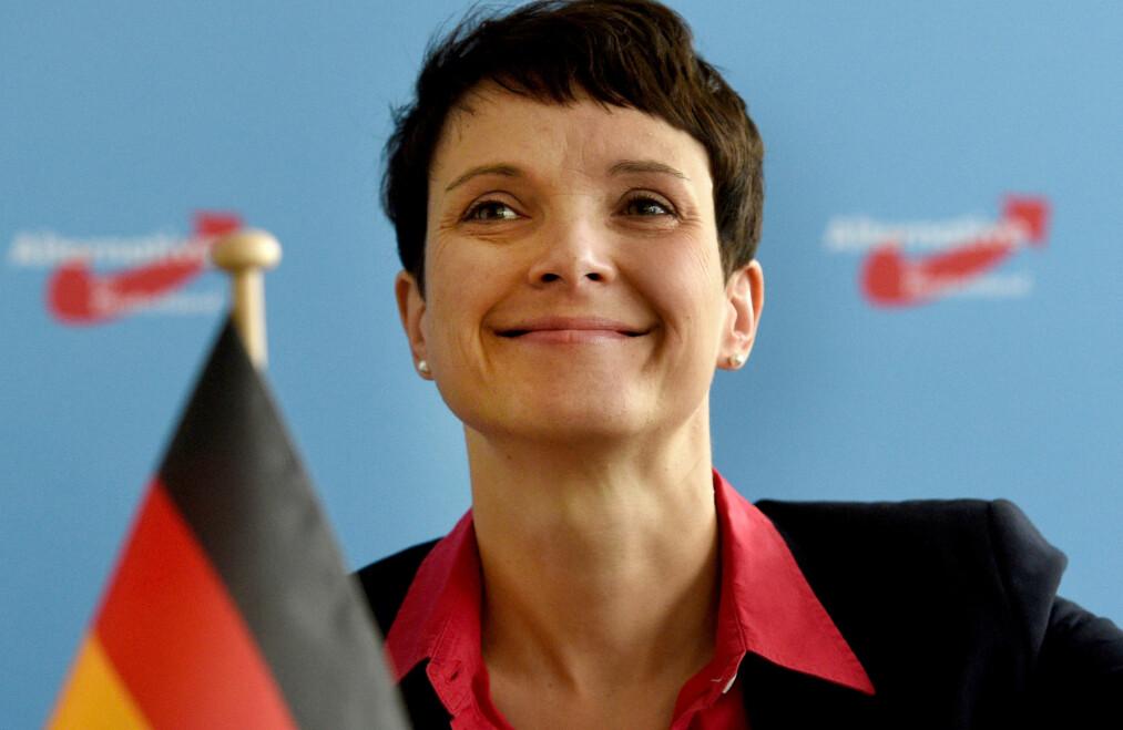 <strong>VIL ENDRE FLYKTNINGSPOLITIKKEN:</strong> Frauke Petry og AFD vil endre flyktningspolitikken i Tyskland. Foto: RAINER&nbsp;JENSEN/dpa