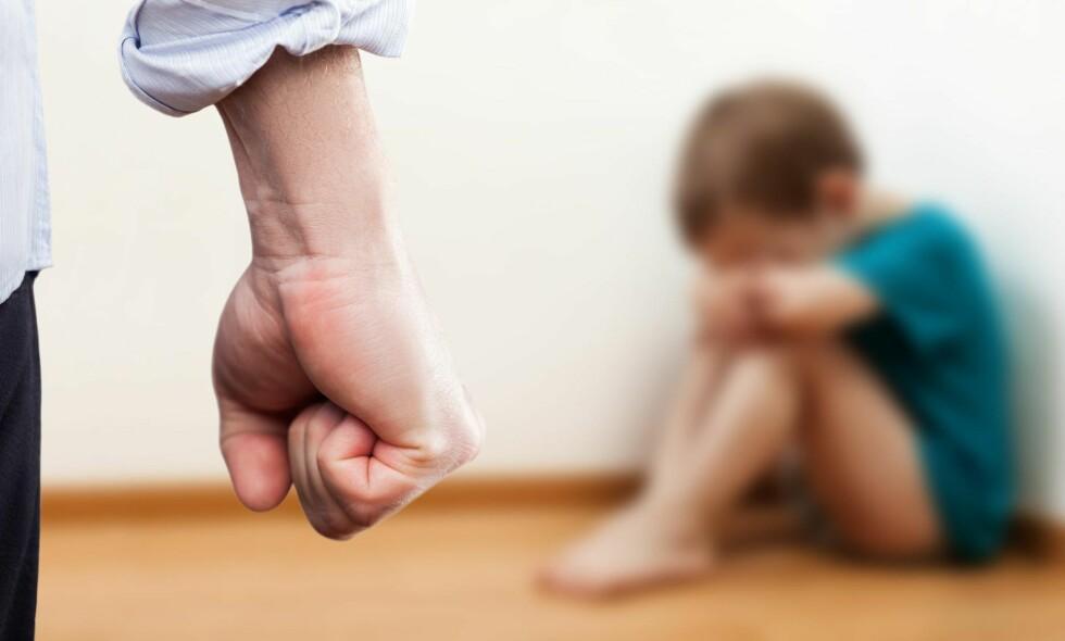 FRYKT OG SKAM: Handlingsmønstre som innebærer juling, klaps, overdreven kjeft, trusler og ydmykelse påfører mange barn en følelse av frykt og skam, skriver kronikkforfatteren. Foto: Ilya Andriyanov / NTB Scanpix