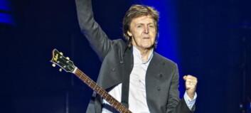 Både blomster og ugrass på McCartneys første album på fem år
