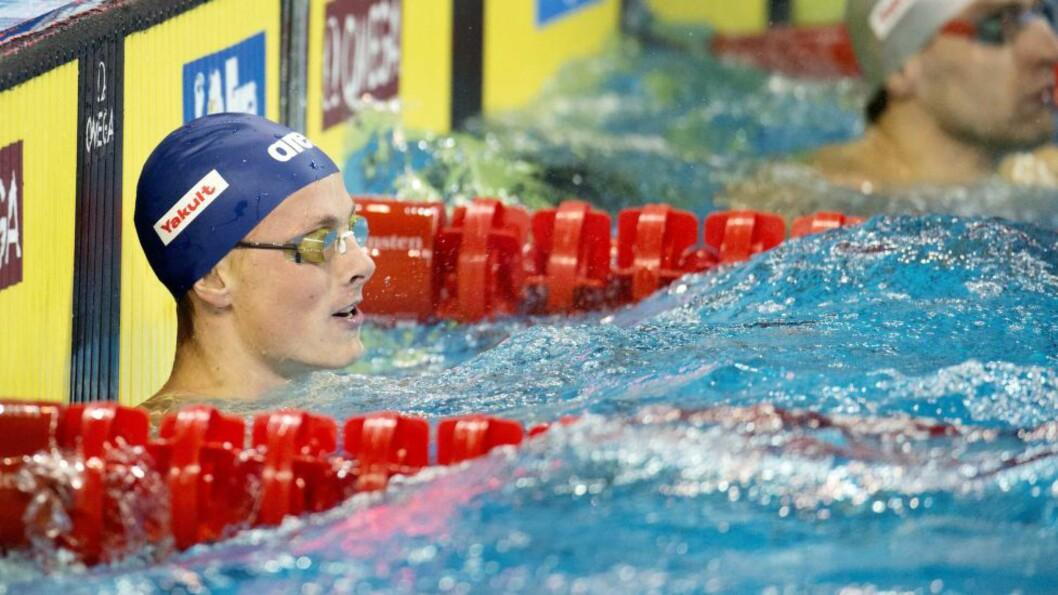 <strong>NY REKORD:</strong> Lavrans Solli ble første nordmann under to minutter på 200 meter rygg da han svømte inn til 1.59,84 under langbane-NM i Bergen søndag. Foto: Jessica Gow / TT / Kod 10070