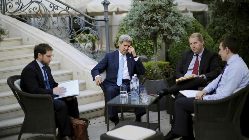 ETTERLYSER BESLUTNING: Både Iran og Frankrike mener tiden er inne til å ta en beslutning i forhandlingene om det iranske atomprogrammet. Foto: REUTERS/Carlos Barria
