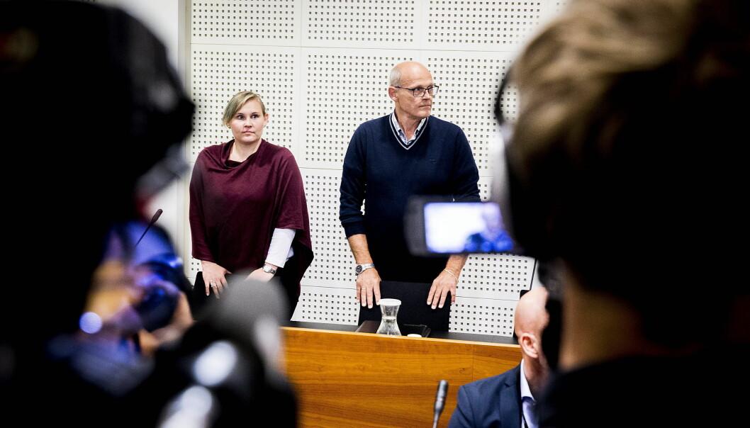 <strong>I RETTEN I DAG:</strong> Linda Juel Johannessen og Roar Juel Johannessen følger saken i lagmannsretten. Mor Anne Johannessen er også i retten, og de tre sitter rett bak aktoratet og tiltalte. Foto: Bjørn Langsem