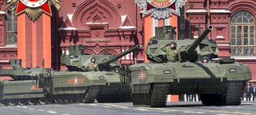 - Skulle Solberg ha klappet mens Putin viste fram sitt krigsmaskineri?