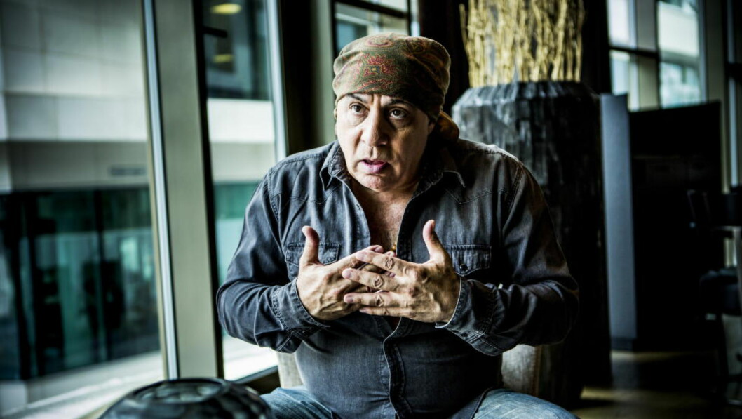 <strong>I NORGE:</strong> Steven Van Zandt er i Norge for å delta på Notodden Blues Festival. Dagbladet møtte han onsdag ettermiddag på The Thief i Oslo. Foto: Christian Roth Christensen / Dagbladet