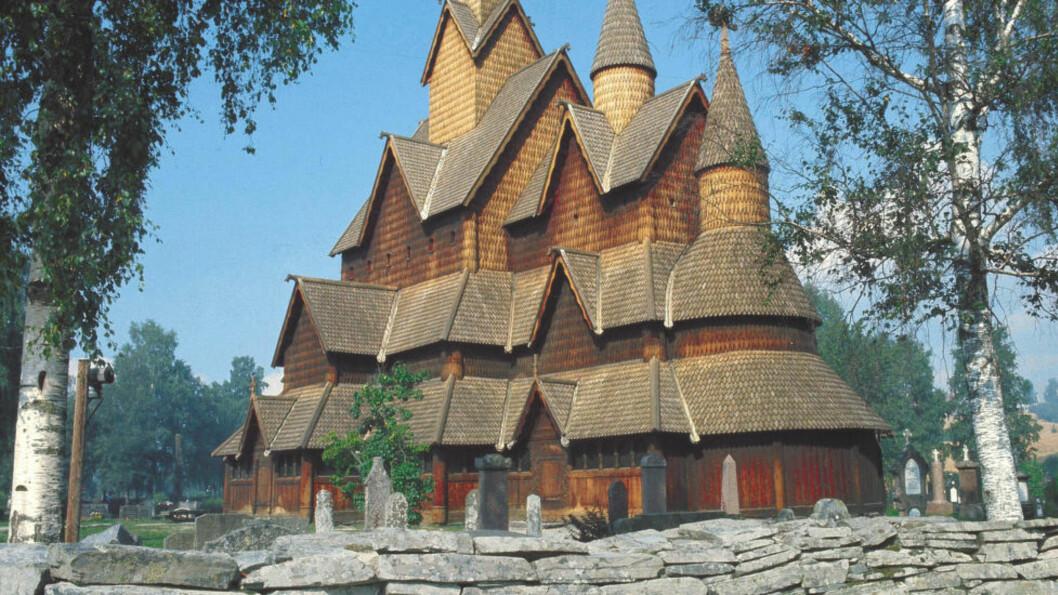 <strong>POPULÆRE:</strong> Heddal Stavkirke, Notodden i Telemark er en av Norges best bevarte stavkirker. Den eldste delen er fra ca. 1250. Hele kirken restaurert på 1950-tallet. NTB arkivfoto: Bjørn Sigurdsøn / NTB scanpix