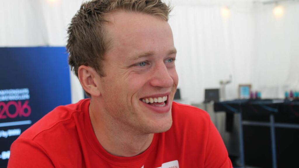 LIVET SMILER:  Tarjei Bø har hatt en problemfri sommer så langt. Nå håper han å endelig få oppleve en hel sesong uten sjukdomsproblemer. Foto: Lars Hulleberg / Dagbladet
