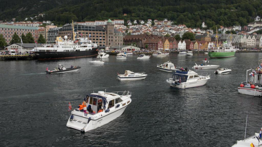 SOMMERÅPENT PÅ SJØEN: MS «Sjøkurs» seilte langs kysten i Sommeråpent også i 2013. Foto:Helge Sunde / Samfoto