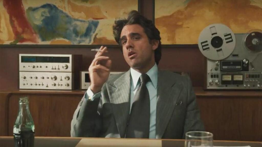 SPOLEBÅND OG GLASSCOLA: Det blir rekvisittfest når Martin Scorsese, Mick Jagger og Terence Winter ruller i gang musikkdramaet «Vinyl» på HBO neste år. Bobby Cannavale spiller hovedrollen som plateselskapsdirektør Richie Finestra i New York sent på 1970-tallet. Foto: HBO