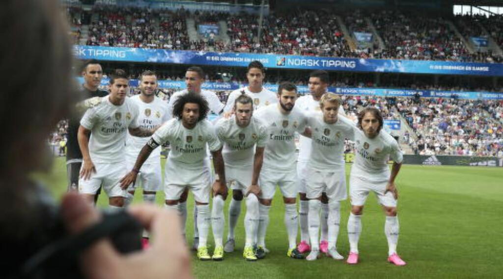 KLARE FOR CHAMPIONS LEAGUE: Det spørs om Martin Ødegaard får spilletid, men Real Madrid er ute etter å vinne turneringen. Foto: Bjørn Langsem / Dagbladet