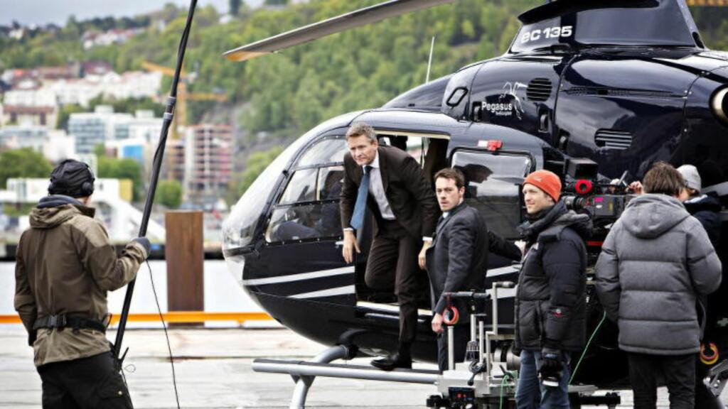 «OKKUPERT:»  Skuespilleren Henrik Mestad spiller den norske statsministeren i serien «Okkupert». Her fra opptakene fra serien. Foto: Nina Hansen / Dagbladet