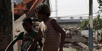 image: Noen få familier nekter å vike for luksusboliger og OL-entreprenører i Rio