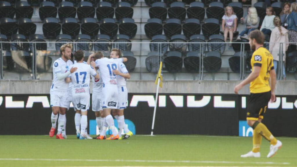 TRYGG LUKE?: Haugesund vant 3-1 borte mot Start søndag og har nå ti poengs luke til lagene under streken. For Start fortsetter tapsrekken i eliteserien. Foto: Tor Erik Schrøder / NTB scanpix