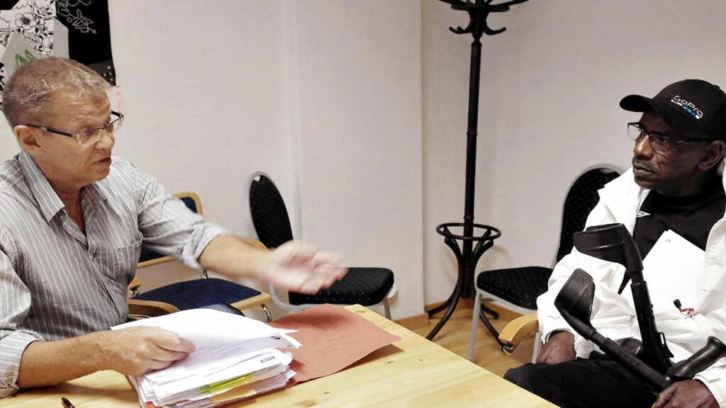 KRITISERER DNB: Advokat Anders Andersen langer ut mot DNB Forsikring etter at selskapet anklaget hans klient Boubacar Ba (57) for forsikringssvik. Foto: Asle Hansen