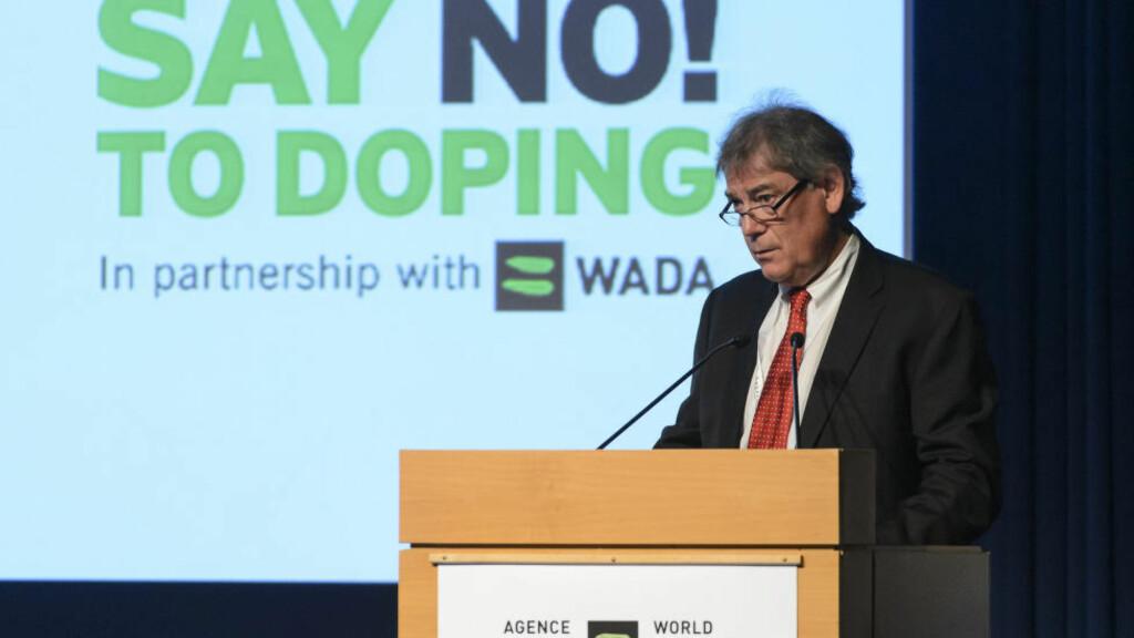TAR I BRUK STERKERE LUT: Generalsekretær i Wada, David Howman, klargjør i disse dager en liste over folk som har vært bakmenn for doping i idretten. Disse blir det ulovlig å samarbeide med. Foto: JEAN-CHRISTOPHE BOTT KEYSTONE /  AP / NTB SCANPIX