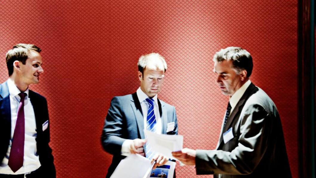 <strong>Analysesjef Andreas Stubsrud:</strong> Innrømmer at oljeprisfallet har fått store konsekvenser for selskapene Pareto analyserer. Foto: Eivind Yggeseth, Finansavisen.