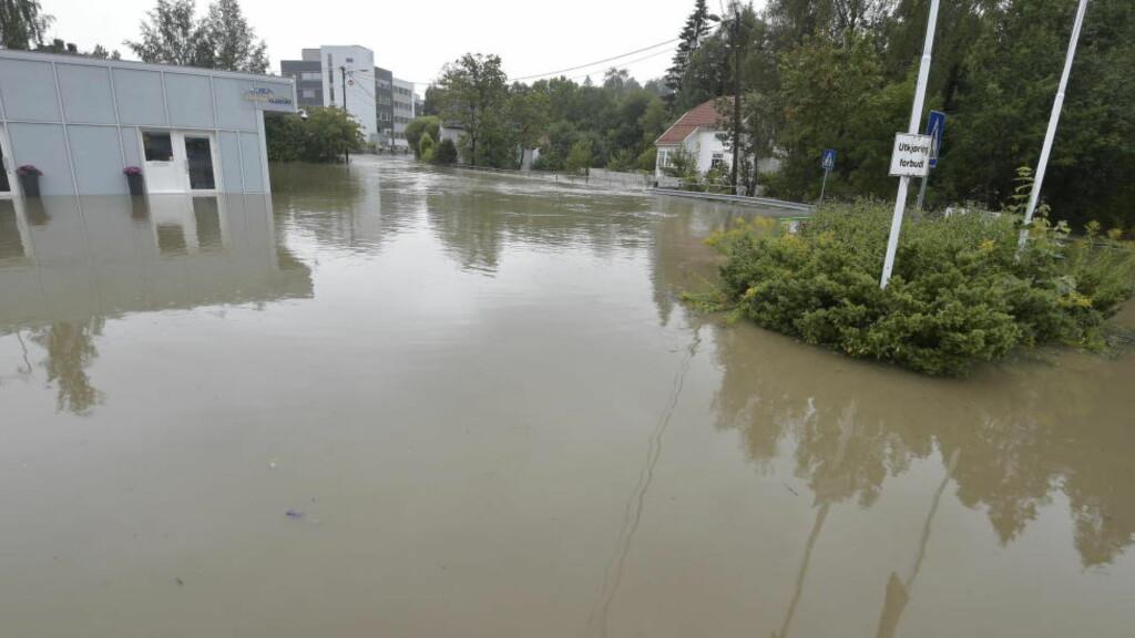 FORÅRSAKET MATERIELEL SKADER: Store nedbørsmengder har ført til flom flere steder på østlandet. Foto: Hans Arne Vedlog / Dagbladet