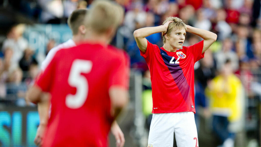 FORTVILER:  Martin Ødegaard spilte hele kampen mot England i kveld. Foto: Jon Olav Nesvold / NTB scanpix