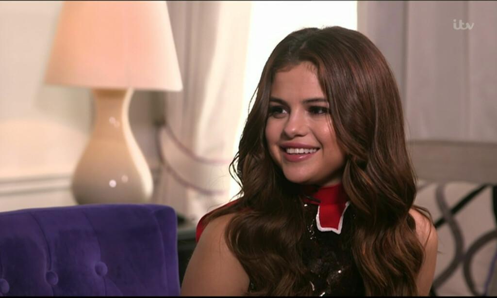 SLO HARDT UT MOT EKSEN: Selena Gomez klarte ikke å dy seg da Justin Bieber truet fansen med å stenge kommentarfeltet på Instagram-profilen sin. FOTO: Wenn / NTB Scanpix