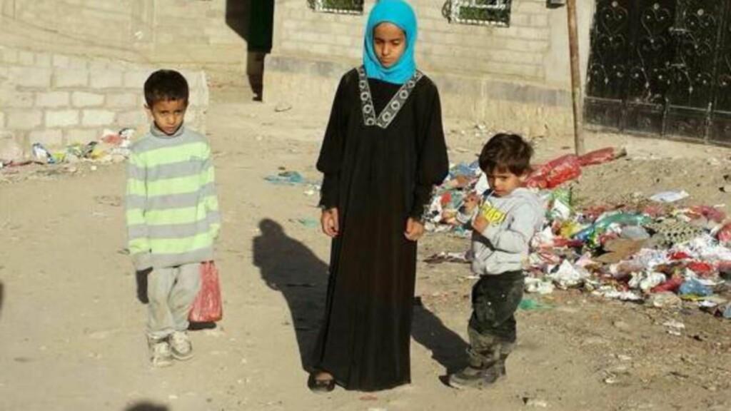 NY BEHANDLING:  Shaimaa (11) er ett av de lengeværende asylbarna som ble sendt ut av landet i fjor høst - til Jemen - og som KrF og Venstre ønsket at skulle få behandlet saken sin på nytt. Hun har bodd sju år i Norge og oppfyller dermed den vanlige praksisen med fire og et halvt år for å regnes som et lengeværende asylbarn. Foto: Privat.