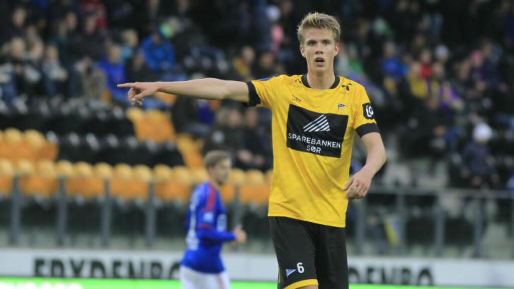 ET STJERNEEKSEMPEL:  Noen blir gode også gjennom private akademier. Starts pur unge kaptein Kristoffer Ajer kom fra et seinere kull på Norsk Fotballakademi.FOTO: Tor Erik Schrøder / NTB.