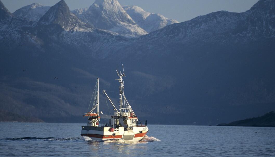 MELDER OM FOR DÅRLIG DEKNING: Fiskere melder om for dårlig DAB-dekning til sjøs. Foto: NTB / Scanpix
