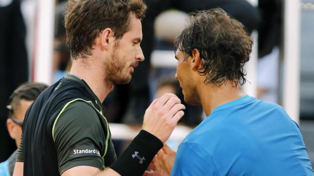<strong>ENDELIG:</strong> Skotten Andy Murray viste gryende storform da han slo selveste gruskongen Rafael Nadal 6-3, 6-2 i finalen i Madrid Open søndag. Foto: AP Photo/Paul White/NTB Scanpix