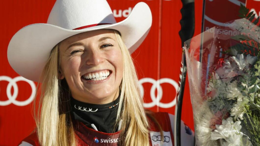 YNDLING. Den sveitsiske alpinisten Lara Gut er en av skisportens profiler og ettertraktet i Sveits. Etter å ha holdt forholdet til kjæresten hemmelig i lengre tid, har paret gått hver til sitt. Foto: THE CANADIAN PRESS/Jeff McIntosh
