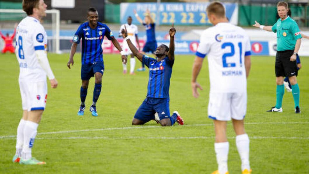 <strong>FORTSETTER Å HJERE:</strong> Stabæk og Ernest Asante er ustoppelige for tiden. I kveld scoret ghaneseren i sin femte kamp på rad. Foto: Jon Olav Nesvold / NTB scanpix