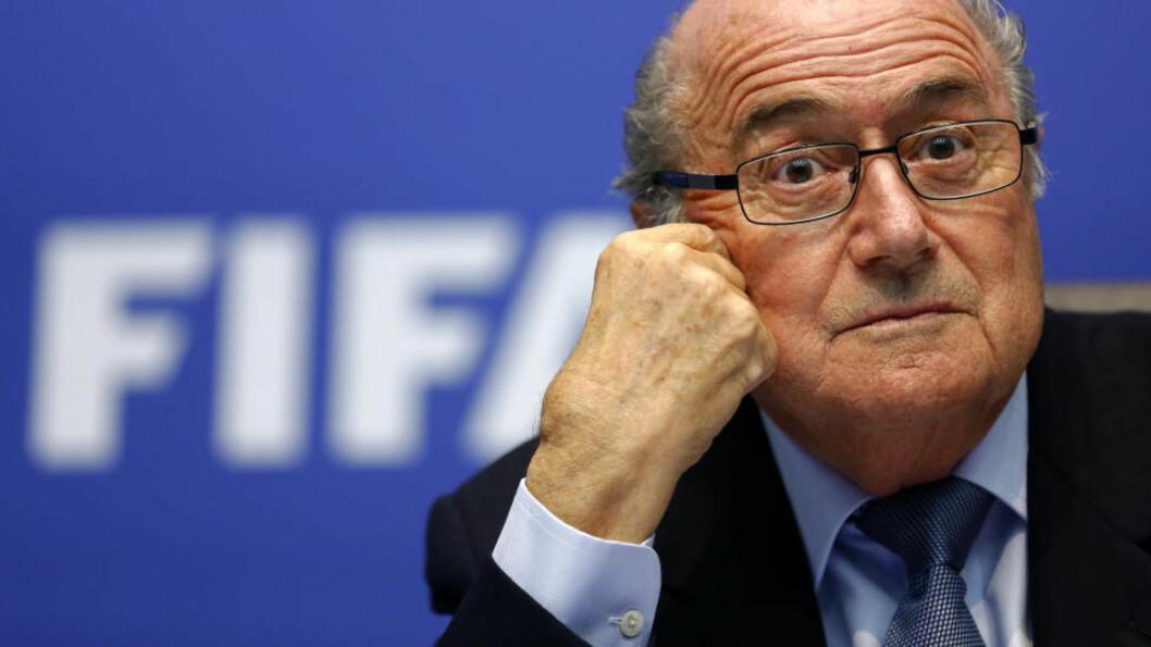<strong>OMTALTE WEBB SOM SIN ARVTAKER:</strong> FIFA-president Sepp Blatter brukte store ord for å beskrive korrupsjonsmistenkte Jeffrey Webb for bare en måned siden.  Reuters/Arnd Wiegmann