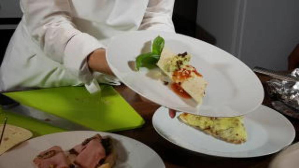 FREDAGSKOS:Er dette framtidas taco og pizza? Uten kjøtt, men med insekter?Her sørger gresshopper og larver for proteinene. Foto:SIMEN SKAUGRUD