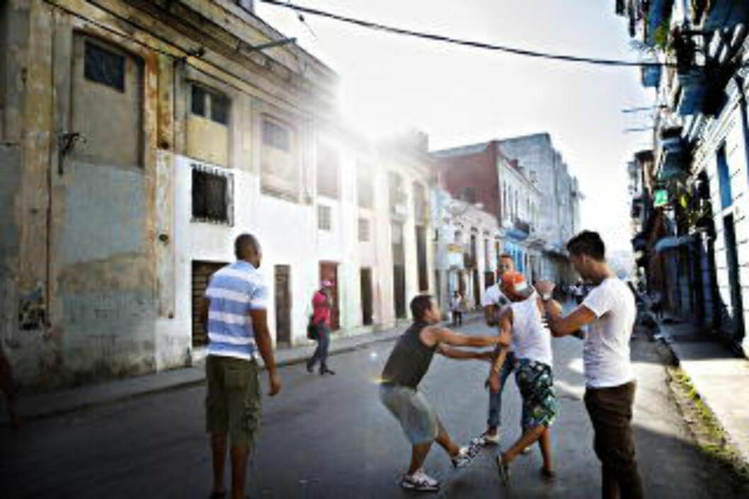<strong>CENTRO HABANA:</strong> Ta en rundtur langs Malecón og tilbake gjennom sentrale Havanna. Foto: NINA HANSEN