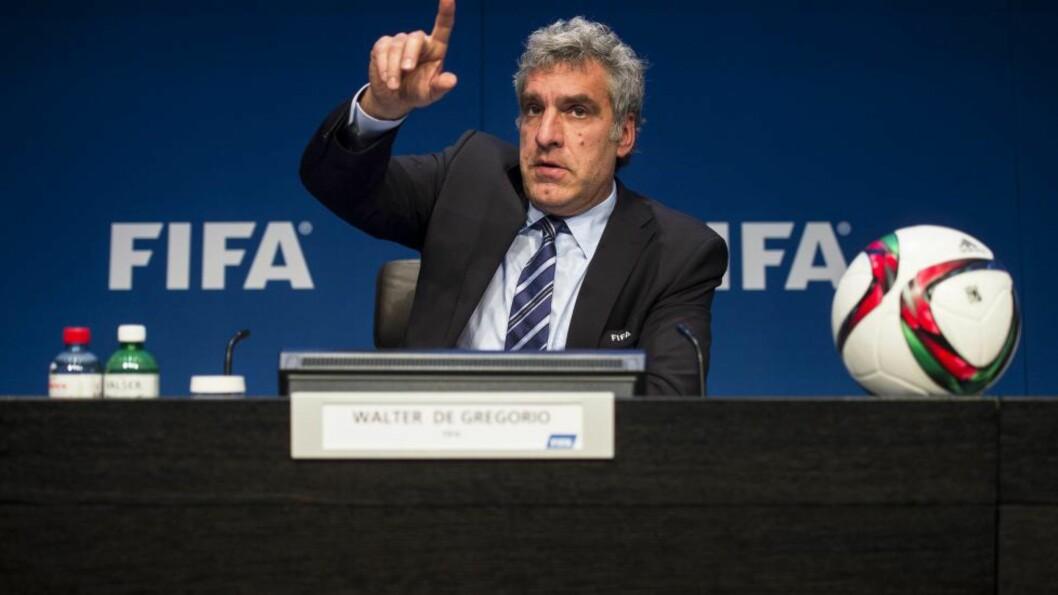 <strong>GÅR AV:</strong> FIFAs kommunikasjonsdirektør Walter De Gregorio slutter i stillingen med umiddelbar virkning. Foto: EPA / ENNIO LEANZA / NTB Scanpix