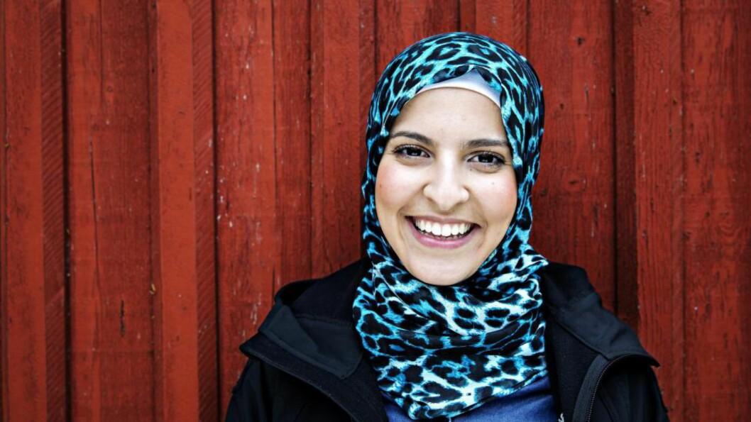 <strong>SMIL:</strong> Fatima Almanea synes det er stort av Hans Rotmo å unnskylde språkbruken sin. -  Nå er det på tide å gå videre, sier hun. Foto: NINA HANSEN/DAGBLADET